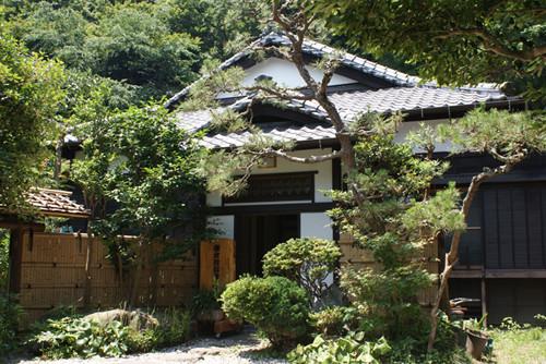 投信 鎌倉